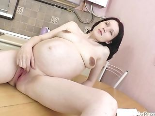 18, Fingering, HD, Old, Pregnant, Russian,