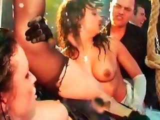 Seios Grandes Naturais, Sexo Vestido , No Clube, Cougar , Europeus, óculos , Sexo Em Grupo , Hardcore , Coroa, Seios Naturais ,