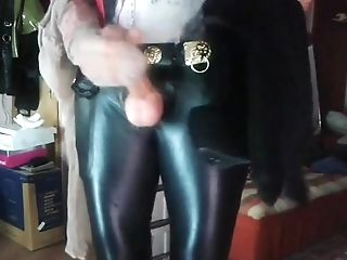 Crossdressing, Cum, High Heels,