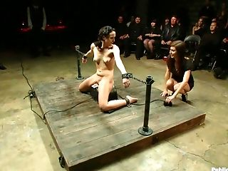 Bobbi Brixton, Fingering, Princess Donna, Public, Reality,