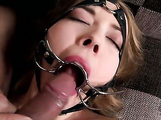Eier Lecken, Blowjob, Bodystocking, Mutig, Ohne Titten, Würgen Beim Sex, Sperma, Cumshot, Deepthroating, Dreckig,