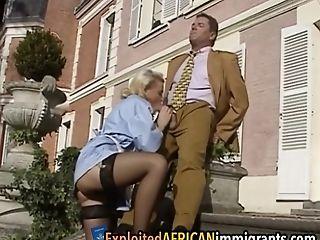 Européens , Interracial, Femmes De Ménage , Outdoor, Rétro , Bartouze , Uniforme , Ancien ,